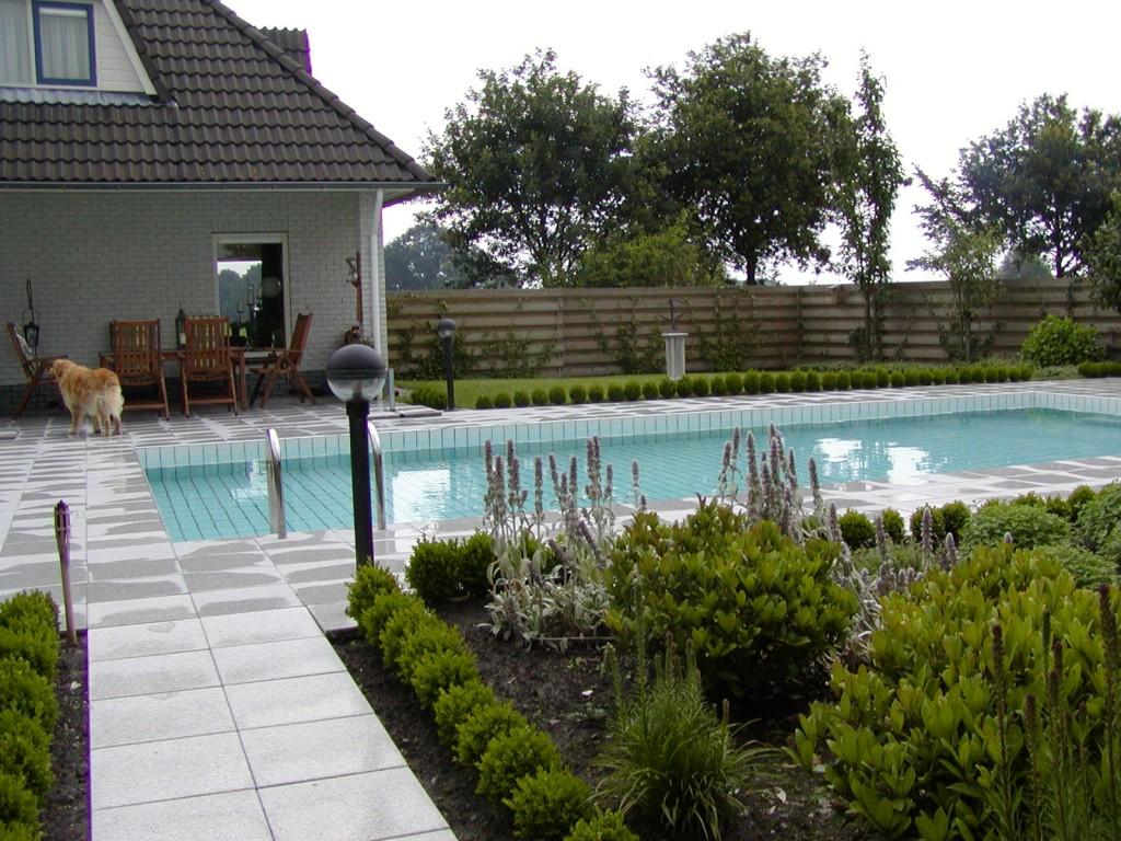 Onderhoudsvriendelijke Tuin Zwembad : Zwembad tuin de tuinmuze
